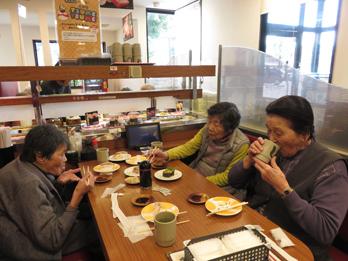 回転寿司93
