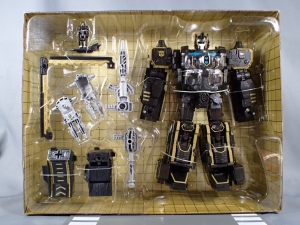 SDCC2017 TFTR optimusprime black (4)