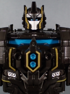SDCC2017 TFTR optimusprime black (10)