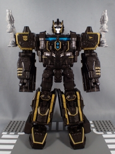 SDCC2017 TFTR optimusprime black (11)