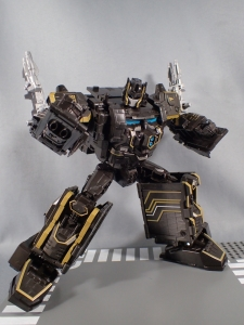 SDCC2017 TFTR optimusprime black (18)