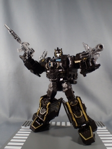 SDCC2017 TFTR optimusprime black (21)