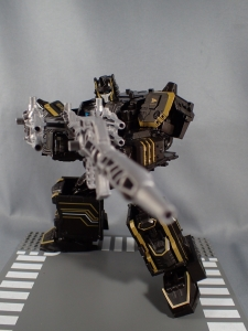 SDCC2017 TFTR optimusprime black (25)
