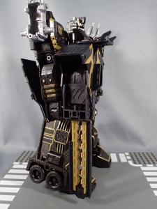 SDCC2017 TFTR optimusprime black (28)