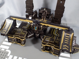 SDCC2017 TFTR optimusprime black (37)