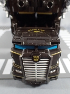SDCC2017 TFTR optimusprime black (50)