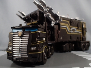 SDCC2017 TFTR optimusprime black (52)