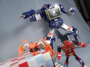 【タカラトミーモール限定】トランスフォーマー マスターピース MP15 16-E カセットボット VS カセットロン (60)