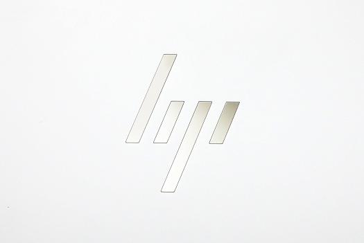 HP Spectre 13-af000_0G1A5524