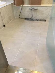 既存の浴室タイル