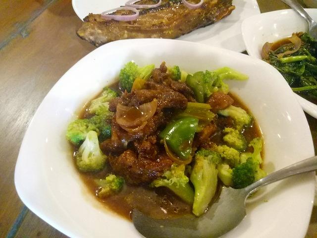 ブロッコリーと牛肉