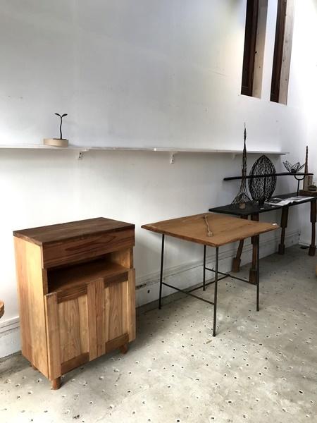 じざい工房の無垢材の家具づくり