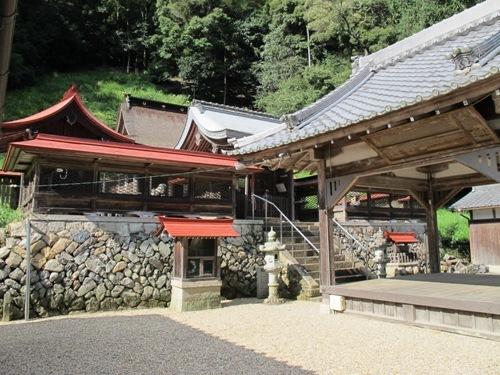 石山笠取 (292)
