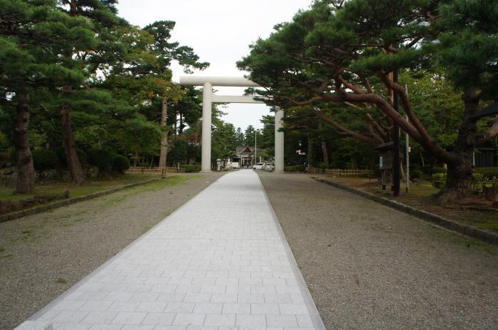 鶴ケ岡城01
