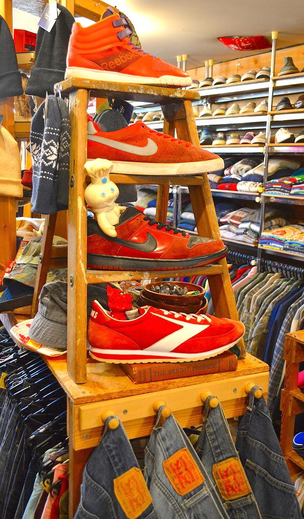 古着屋カチカチ店内画像@Used Clothing Shop Tokyo Japan01