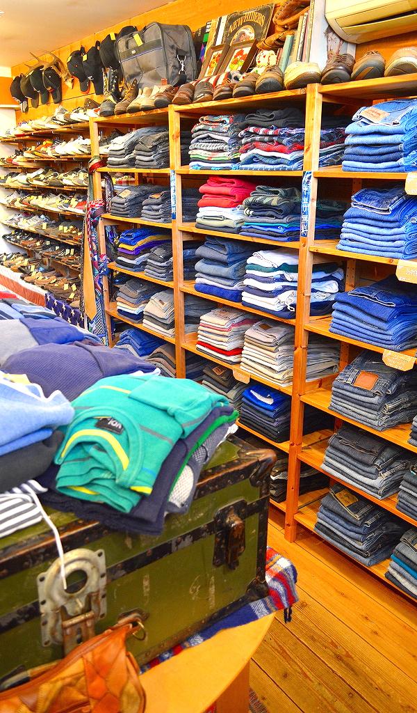 古着屋カチカチ店内画像@Used Clothing Shop Tokyo Japan010