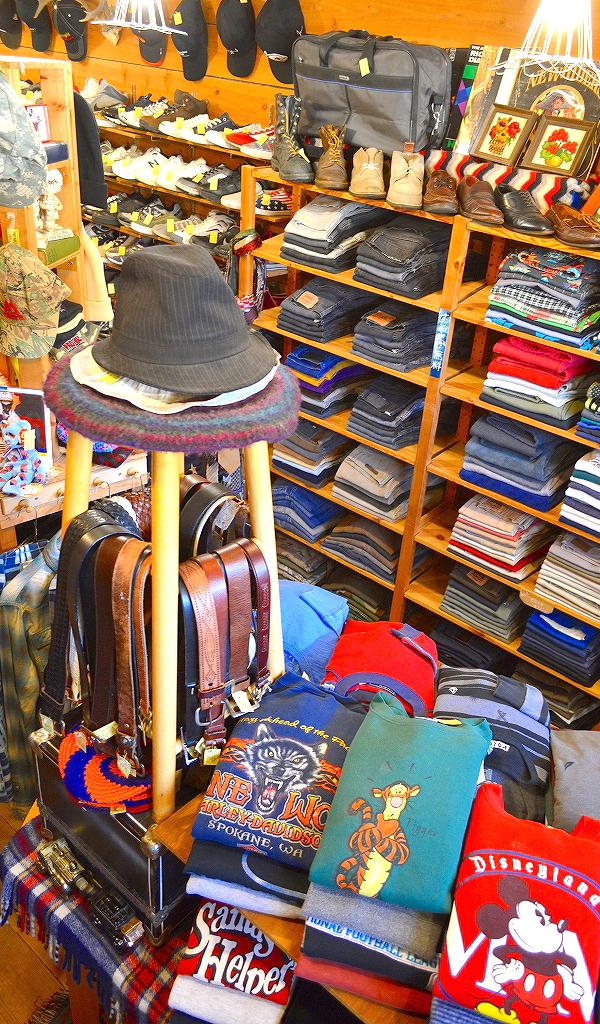 古着屋カチカチ店内画像@Used Clothing Shop Tokyo Japan013