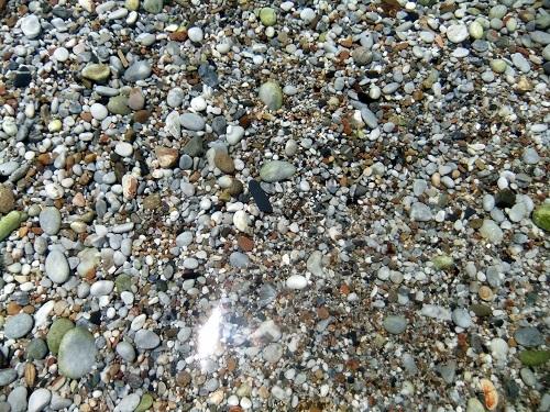 イェロリメナス_宿の前でひと泳ぎ (3)