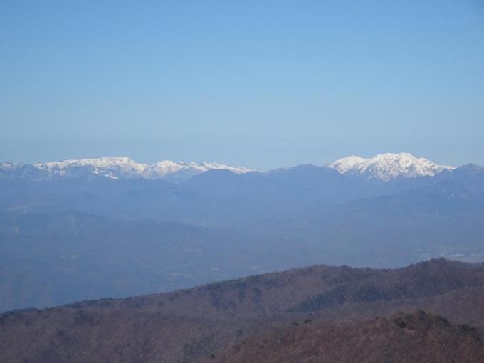 苗場山、仙の倉山と平標山