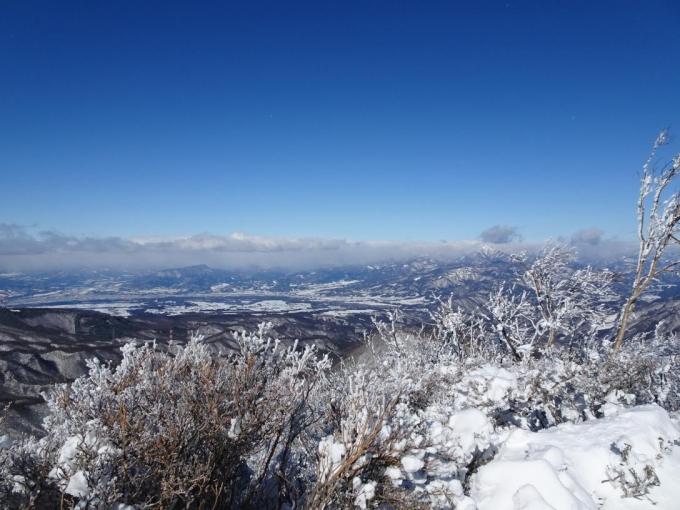 上越は雪雲がかかる