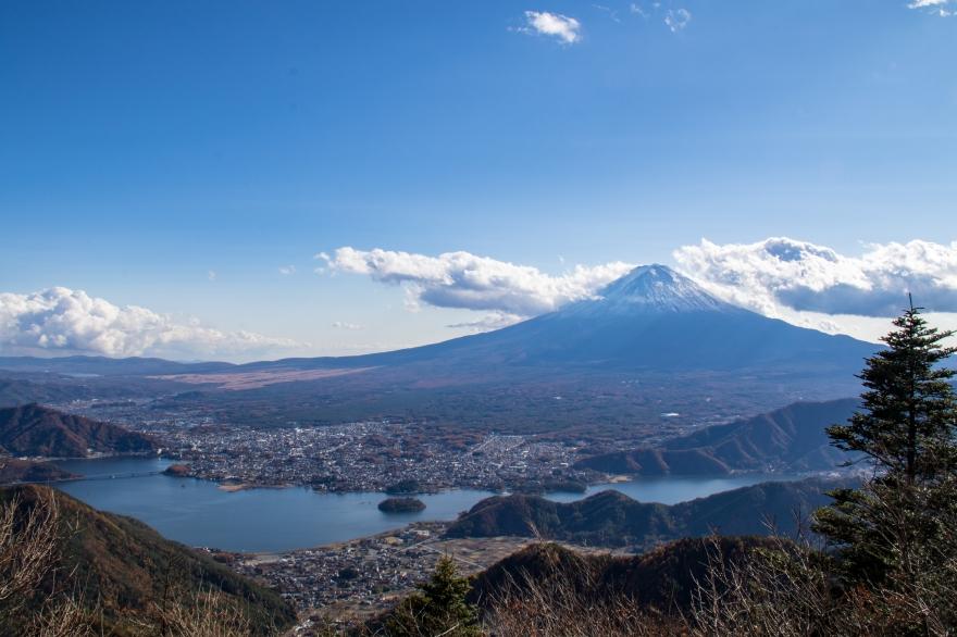 河口湖と富士山 (1)