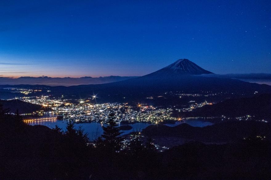 河口湖と富士山 (2)