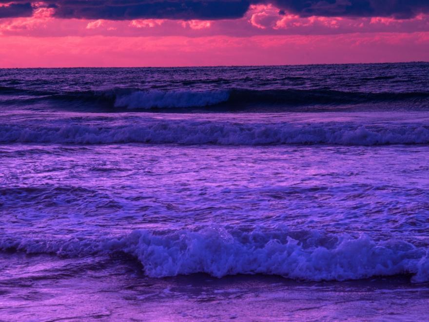 夜明けの海 (2)