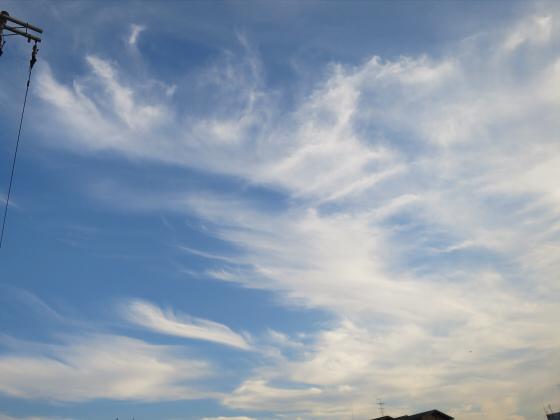 困った時は空と雲の写真11