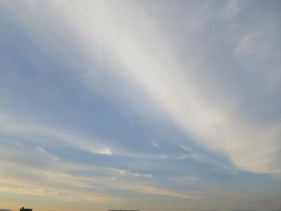 困った時は空と雲の写真12