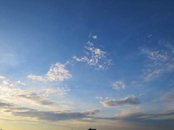 困った時は空と雲の写真18