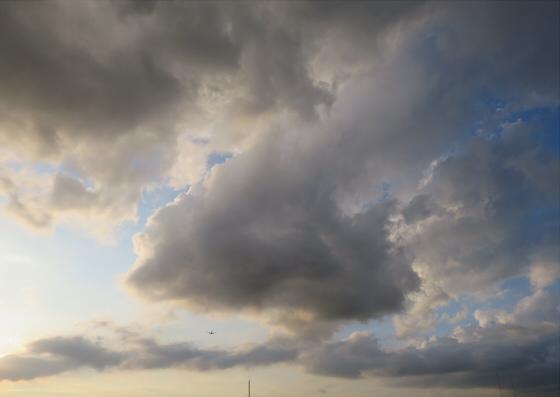 困った時は空と雲の写真19