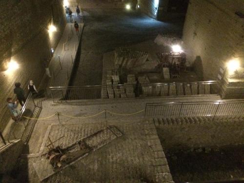 大谷資料館 - 大谷石の歴史と巨大地下空間
