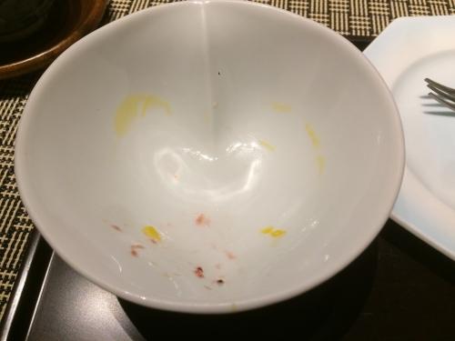 どうしてハート形のマンゴープリンが出来るのか?それはお皿