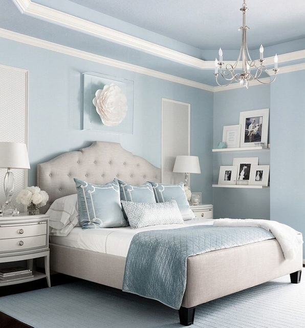 Bedroom-in-Brittany-Blue-is-great-in-both-summer-and-winter-months-768x824.jpg