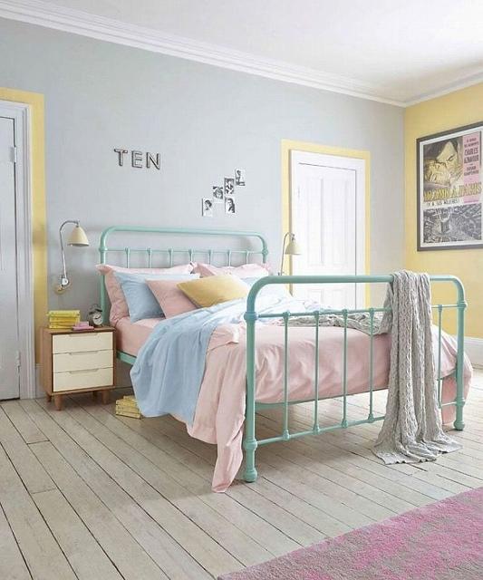 Delightful-blend-of-pastels-in-the-bedroom-768x921.jpg