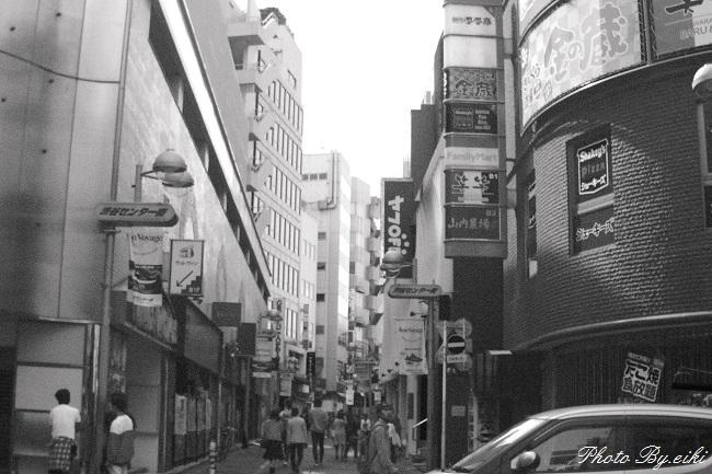 渋谷のモノクロ写真