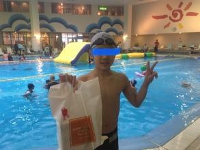 沖縄リザンシーパークホテル 館内温水プールイベント「ボコボコレース」♪ かなり楽しめます♪