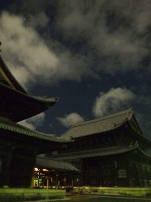 妙心寺の夜1711