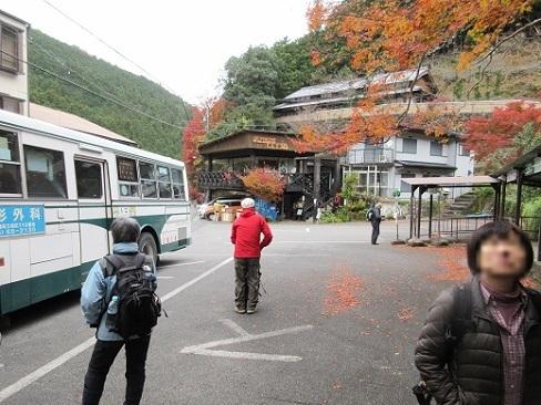 1 赤目の滝のバス停