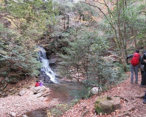 17 岩窟滝