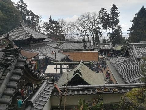 11 宝山寺