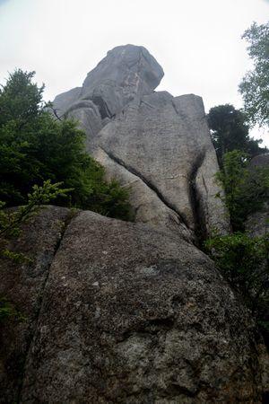 『40_201708130748大ヤスリ岩』