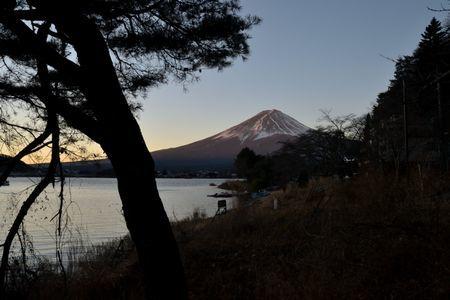 201801020702_013河口湖畔からの富士