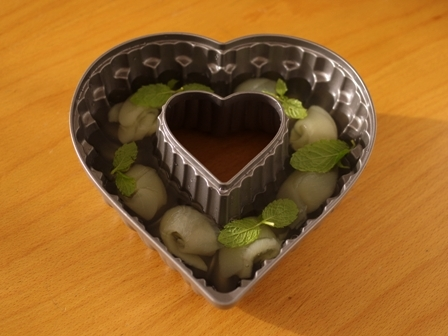 二層のゼリー野菜ジュースと桃缶02