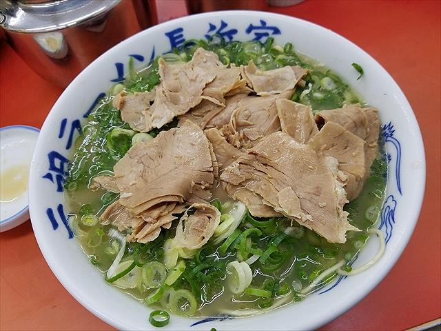 20171003_060502_R 元祖より肉は多い、味付けも濃い