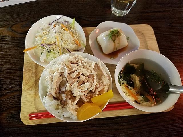 20170928_120820_R 未掲載 大阪 鶏肉飯
