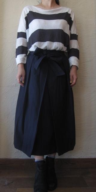 ショートカットネイビーストライプスカート2