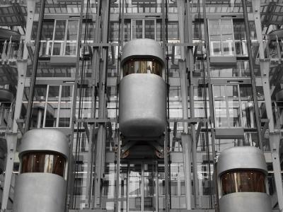 上昇感 エレベーター