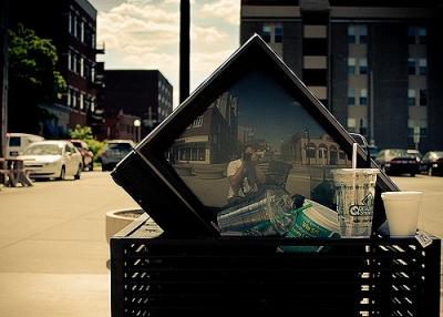 古くなったテレビ