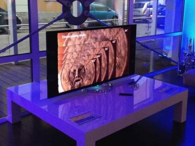 4K 液晶テレビ 薄型